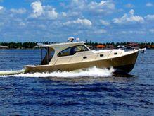 2004 Mainship Pilot 34 Sedan Hardtop RR