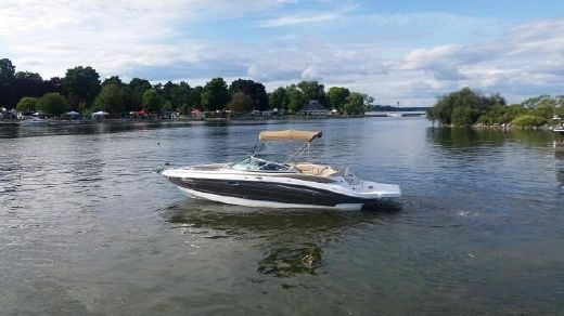 2013 Cruisers Sport Series 258 Bow Rider