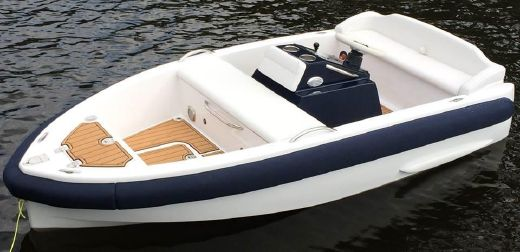 2015 Evolution Tenders M10 Jet