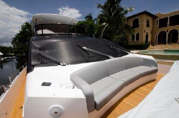 thumbnail photo 0: 2018 Sunseeker 75 Yacht