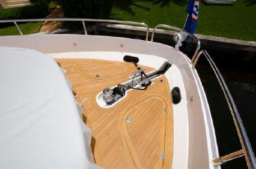 thumbnail photo 1: 2018 Sunseeker 75 Yacht