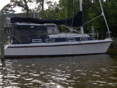 1992 American Cruising Yacht Americat