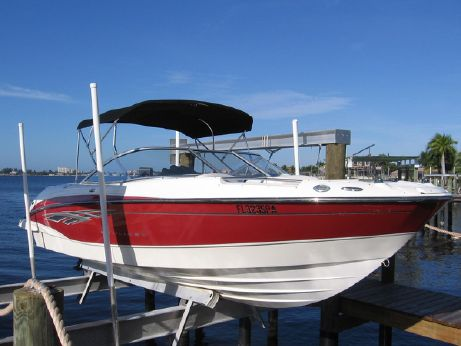 2009 Bayliner 225 BOW RIDER