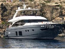 2015 Princess Flybridge 82 Motor Yacht