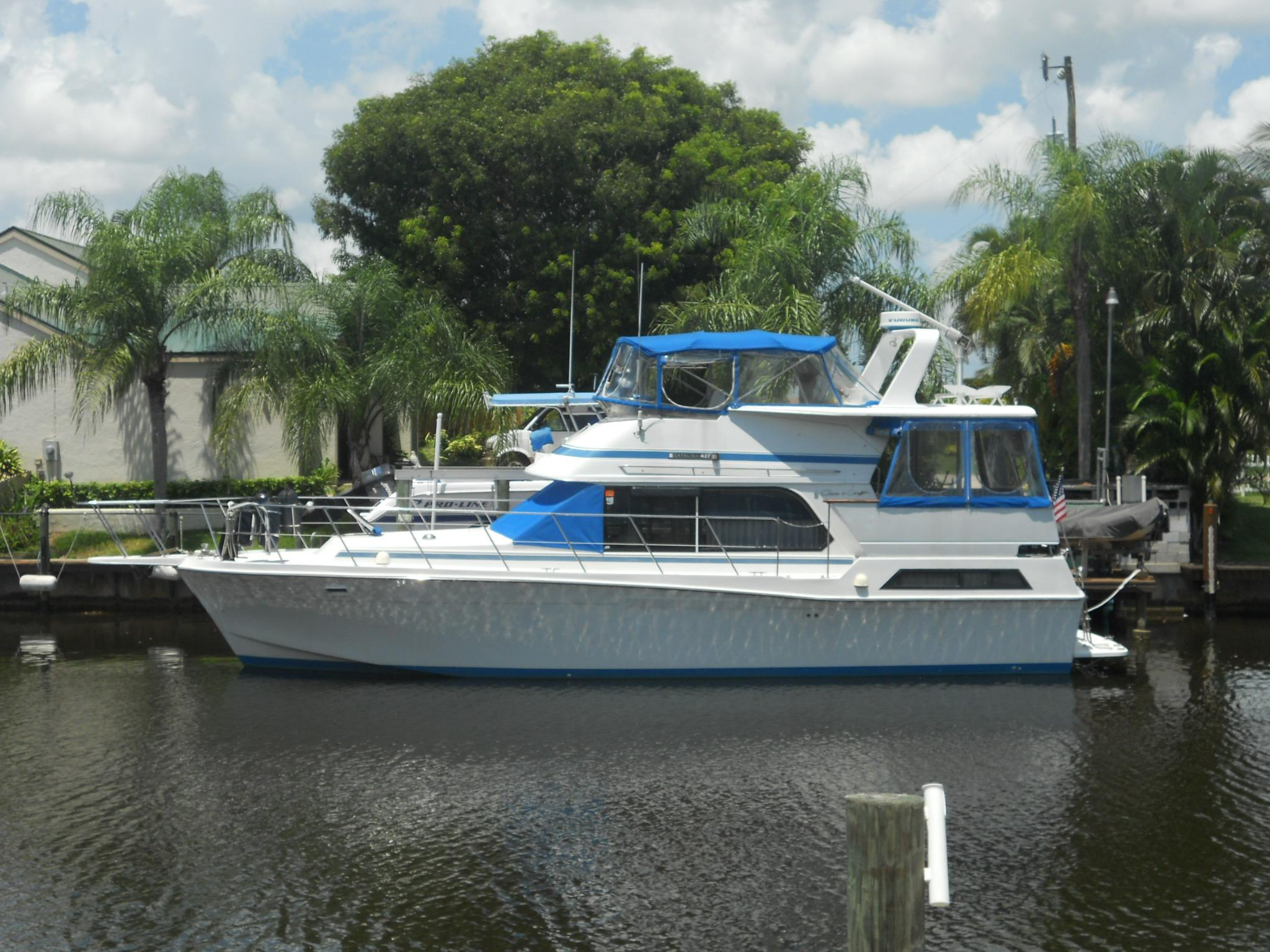 42 ft 1989 chris craft 427 catalina