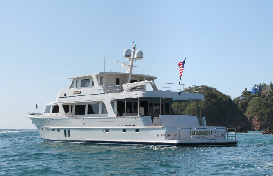 Offshore 90 Voyager Yacht for sale in Newport