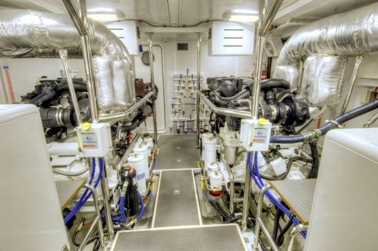 Offshore 90 Voyager Engine Room