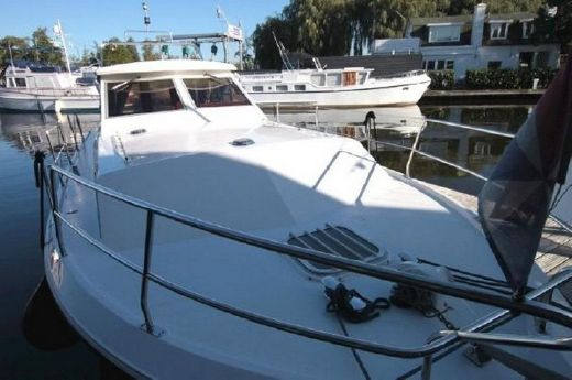 1979 Marine Projects Princess 33