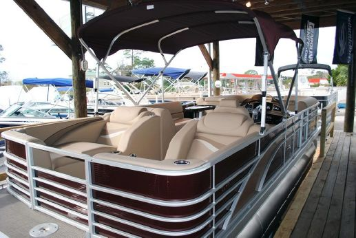 2016 Bennington 2574 GCW Pontoon