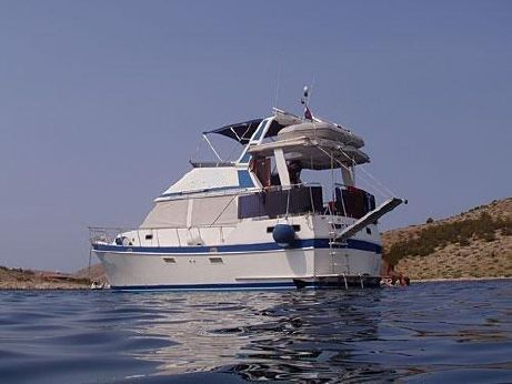 1992 Golden Star 38 Trawler