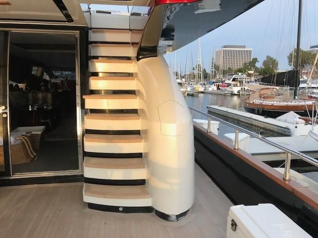 Amer 92 Yacht Flybridge Stairs