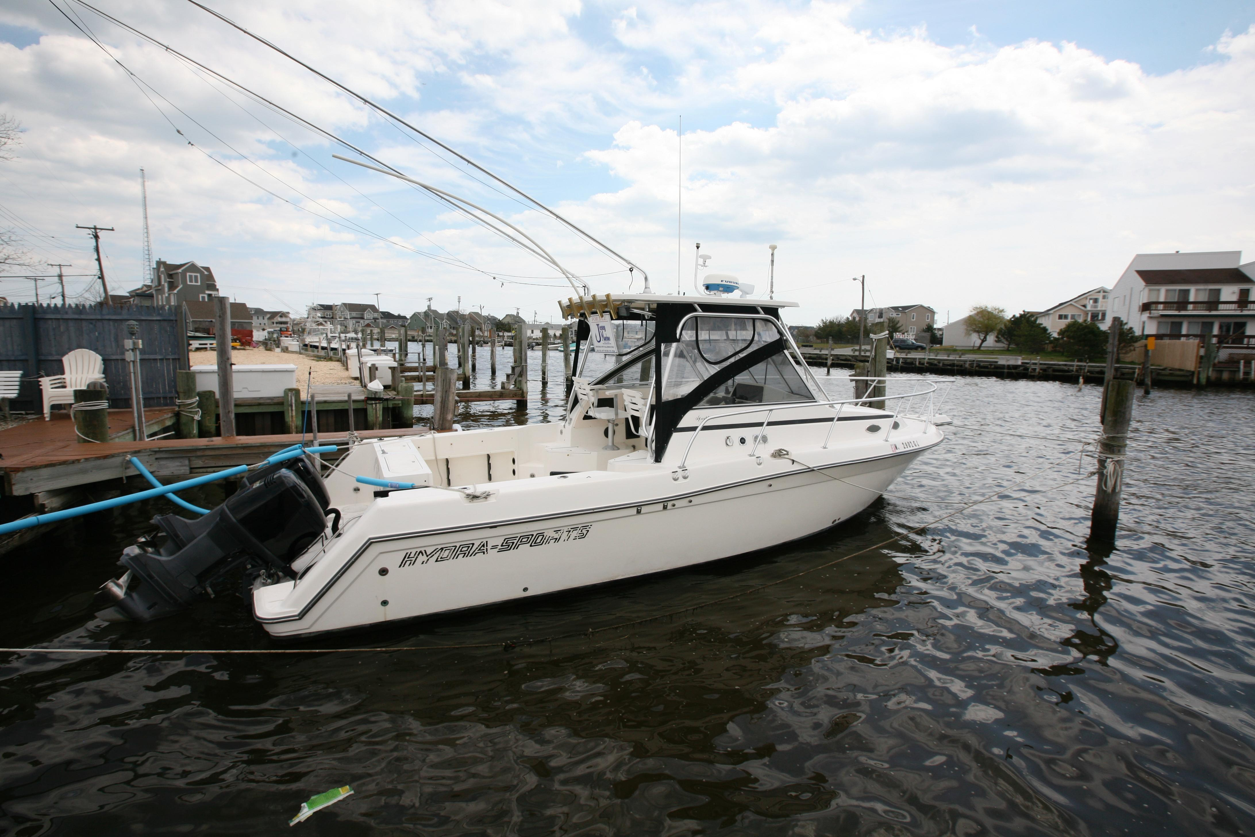 28 ft 1993 hydra-sports 28 walk around 2001 yamahas