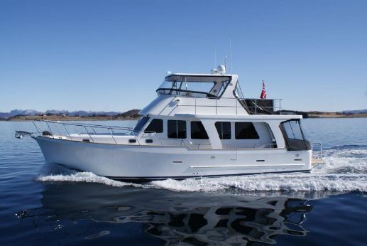 2013 Explorer Motor Yachts 50 Sedan