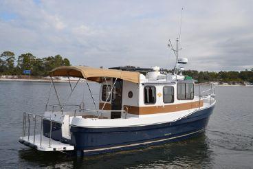 2015 Ranger Tugs R25SC FL West Coast