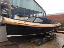2005 Interboat 25 semi cabin
