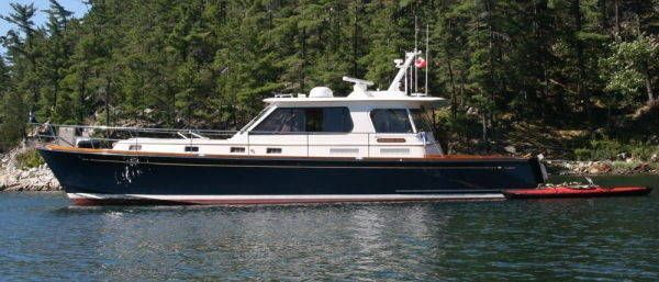 2002Alden Express Cruiser