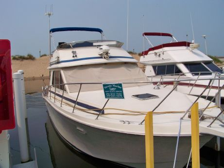 1987 Chris Craft 392 Commander