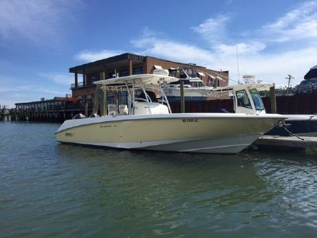 2004 Boston Whaler 320 Outrage Center Console