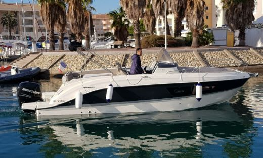 2015 Quicksilver ACTIV 805 SUN-DECK