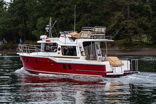 2017 Ranger Tugs R-29 CB