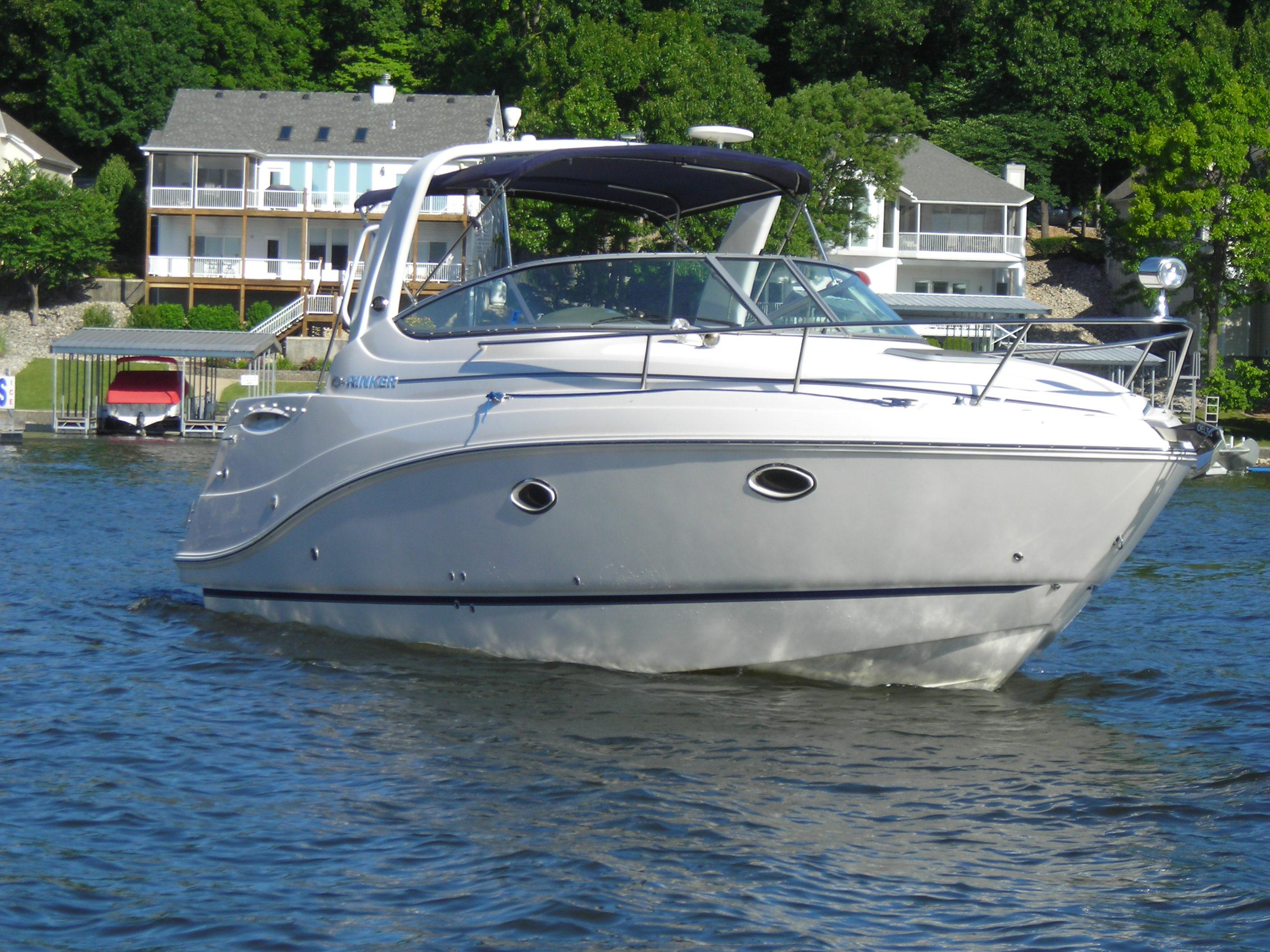 31 ft 2007 rinker 280 express cruiser
