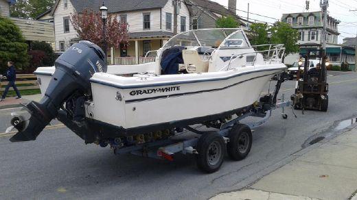 2002 Grady White 208 Adventure