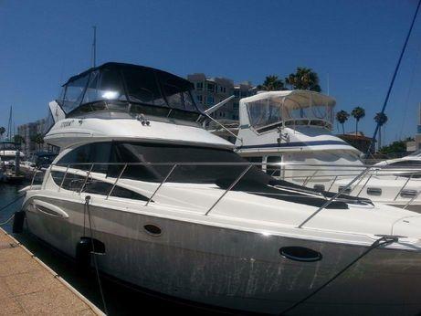 2011 Meridian Yachts 391 Sedan Bridge