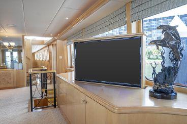 thumbnail photo 1: 1998 Trinity Yachts Raised Pilothouse MY