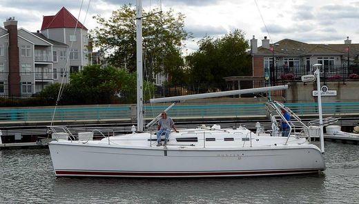 2005 Hunter 38
