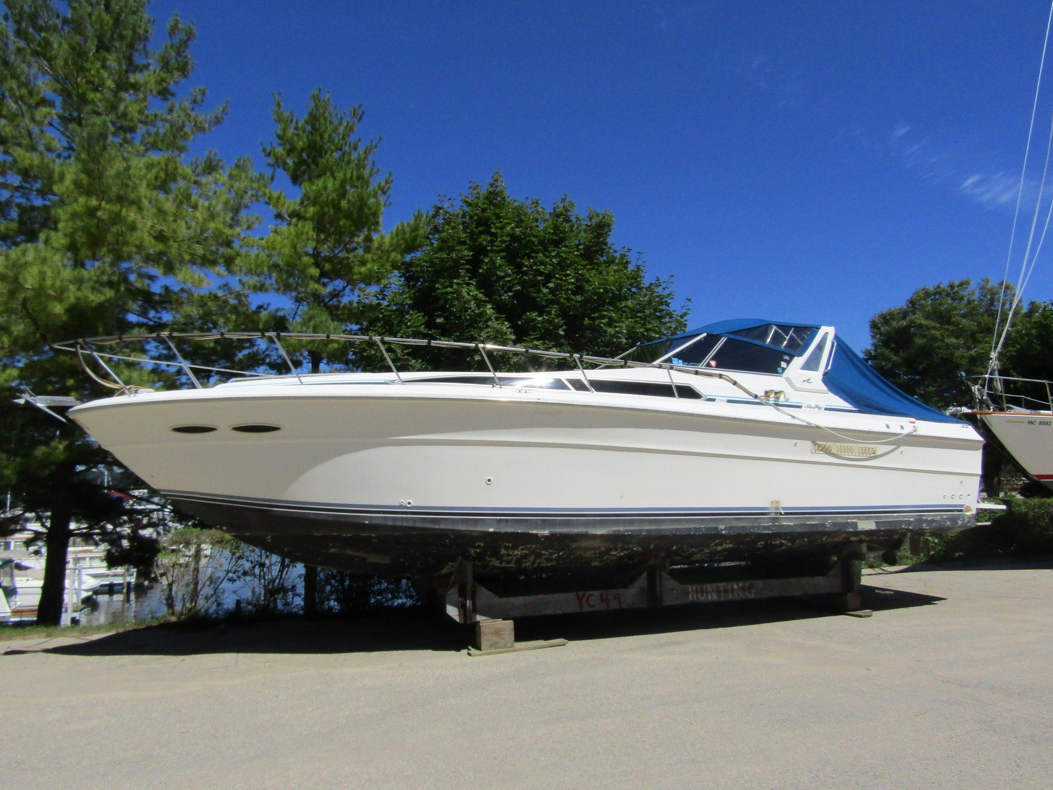 Saugatuck (MI) United States  city pictures gallery : 1990 Sea Ray 390 Express Cruiser Power Boat For Sale www.yachtworld ...