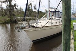 photo of  49' Island Packet 485