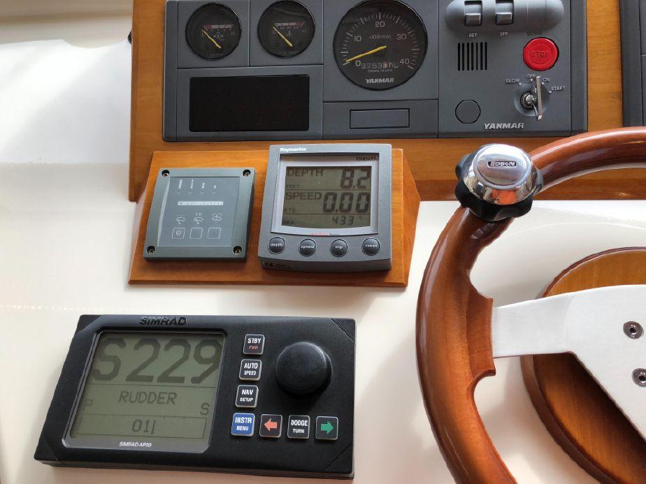 2004 Wesmac Sedan Power Boat For Sale - www yachtworld com