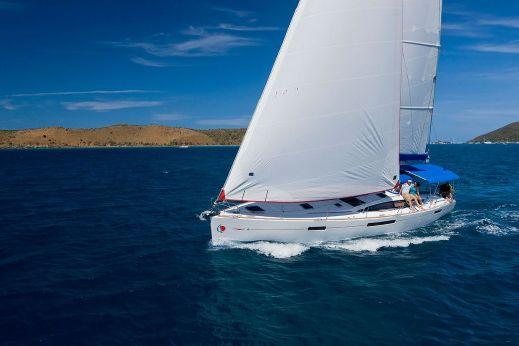 2012 Sunsail 53