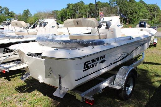 2016 Carolina Skiff JVX Series 18CC