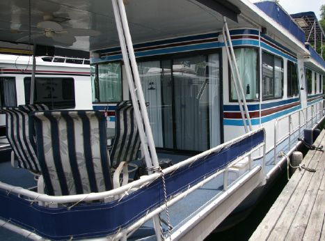 1987 Stardust Cruisers 16'x70' Houseboat