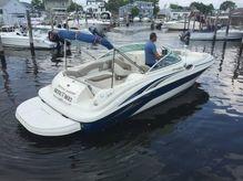 2003 Sea Ray 240  Sundeck
