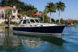 Photo of 52' Sabre 52 Salon Express