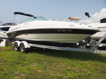 2003 Sea Ray 220 Sundeck