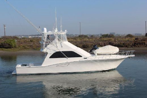 2002 Cabo Yachts 47 Flybridge Sportfisher