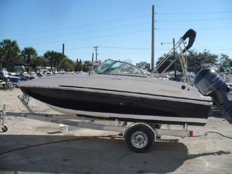 2016 Hurricane SD 187 OB Deck Boat
