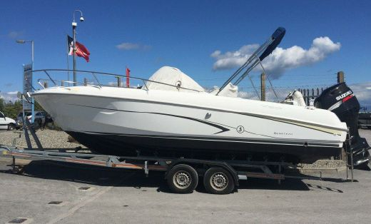 2008 Beneteau Flyer 750 Open