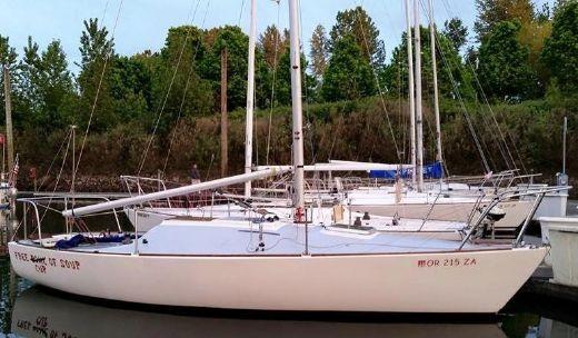 1984 J Boats 24