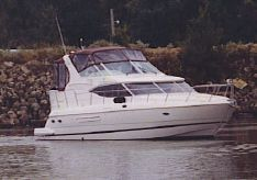 2000 Cruisers 4450 Aft Express