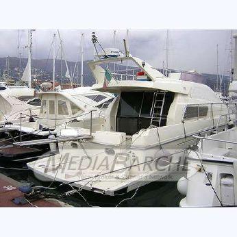 1996 Ferretti 135 S