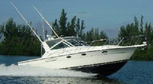 1997 Tiara 3100 Open Express Crusier