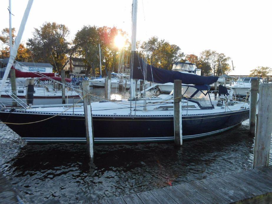 1985 C&C 41 Center Board Sail Boat For Sale - www yachtworld com