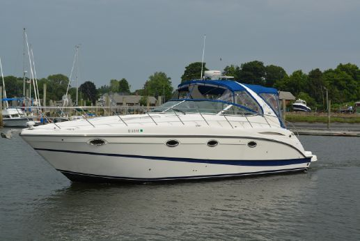 2005 Maxum 3700 SY Sport Yacht