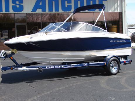 2013 Regal 1900 Bowrider