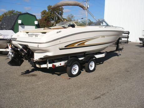 1999 Sea Ray 230 Bow Rider