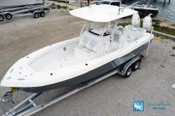 2020 Bluewater Sportfishing 2550
